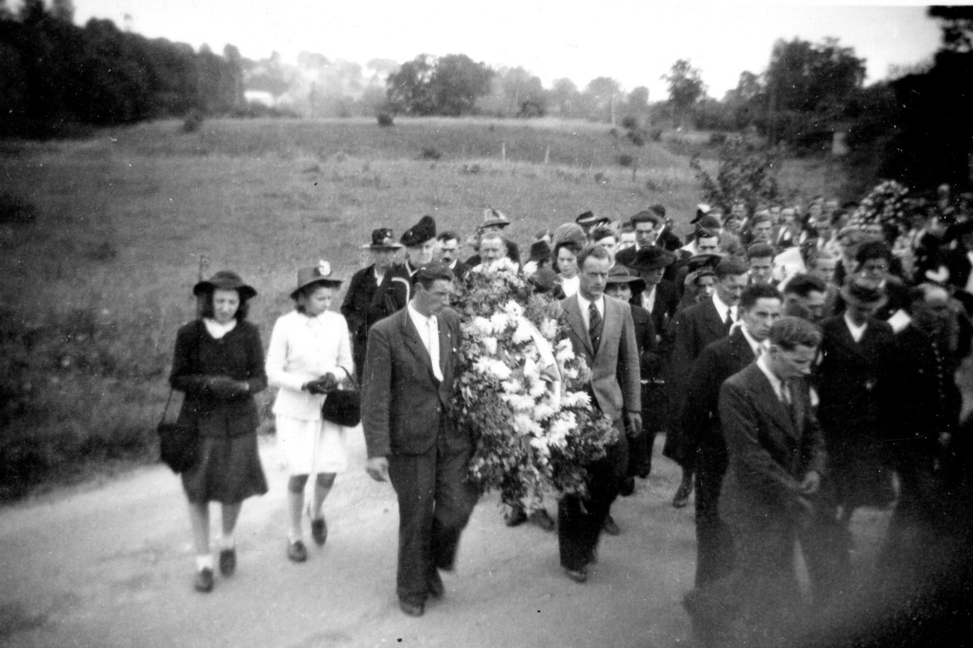 Roger Crivelli - Inhumation à Lavoncourt le 9 juillet 1946